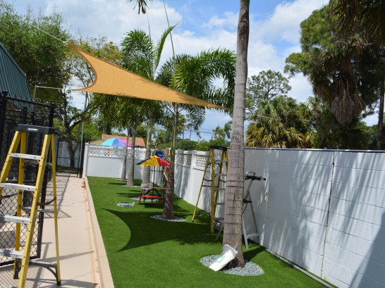 Artificial Grass Photos: Synthetic Turf Supplier Hartford, Kansas Cat Playground, Commercial Landscape